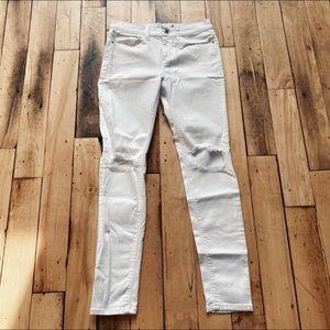 Sneak Peak Boutique White Distressed Skinny Jeans